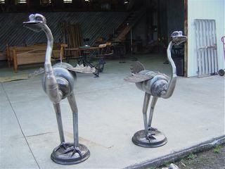 Two_Emus.jpg