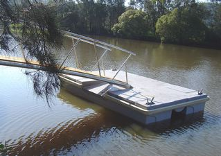side_view_4._pontoon.jpg