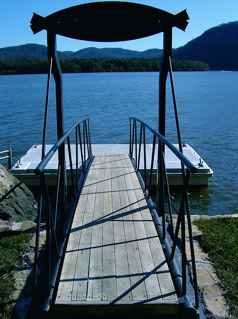 walkway_pontoon_view.jpg
